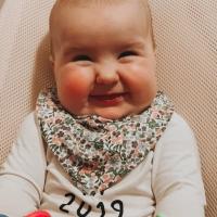 Kes areneb 6 kuuga rohkem - isa või beebi?